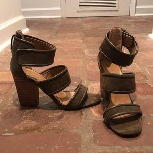 FP chunky heel sandal